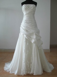 Organic dry cleaning  wedding gownOrganic Dry Cleaning   Ecofresh Laundry. Dry Cleaner Wedding Dress. Home Design Ideas